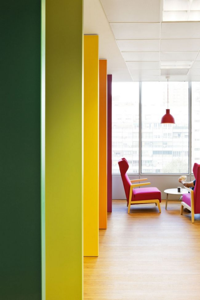 nowoczesny-design-biura-nowoczesne-biuro-nowoczesne-wnetrze-biura-inspiracje-design-inspirujace-biuro-nowoczesne-wnetrze-biurowe-kreatywna-przestrzen-biurowa-15