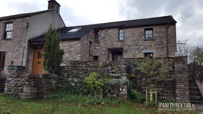 maly-angielski-domek-w-stylu-cottage-jak-zmiescic-w-domu-wszystko-co-potrzeba-pani-dyrektor-blog-16