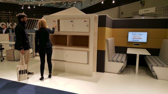 nowoczesne wyposażenie biura 3
