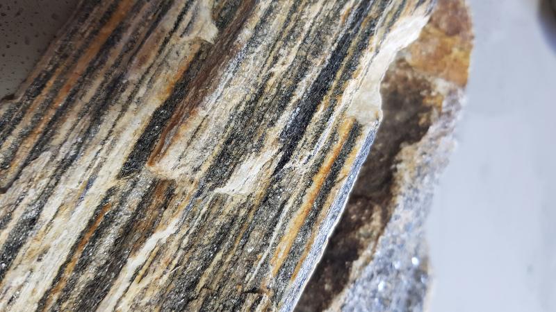 Elewacja z kamienia naturalnego